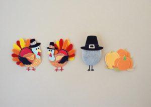 felt turkeys dressed up like pilgrims